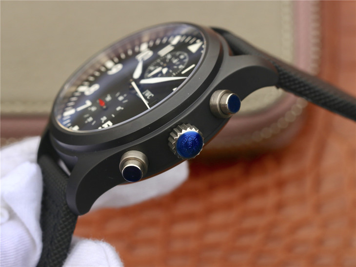 Replica IW389001 Crown Buttons and Chronograph Pushers